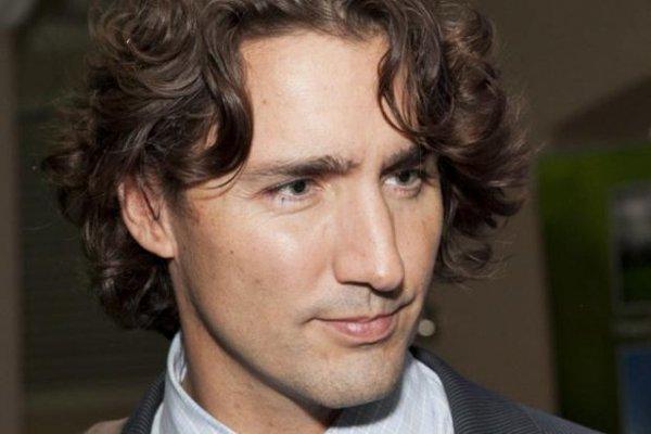 カナダは難民歓迎=「多様性は強み」と首相→翌日、カナダのモスクで3人の男が発砲 5人死亡