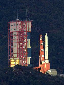 日本が打ち上げている衛星ミサイル、いつでも弾道ミサイルに変更可な事、今更中国が気づく